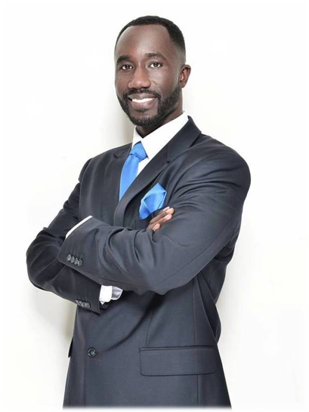 Mayor Yarber, Kiononia